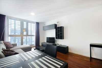Beautiful refurbished apartment near the sea in Barcelona